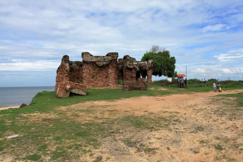 Doric Bungalow ruins, Arippu