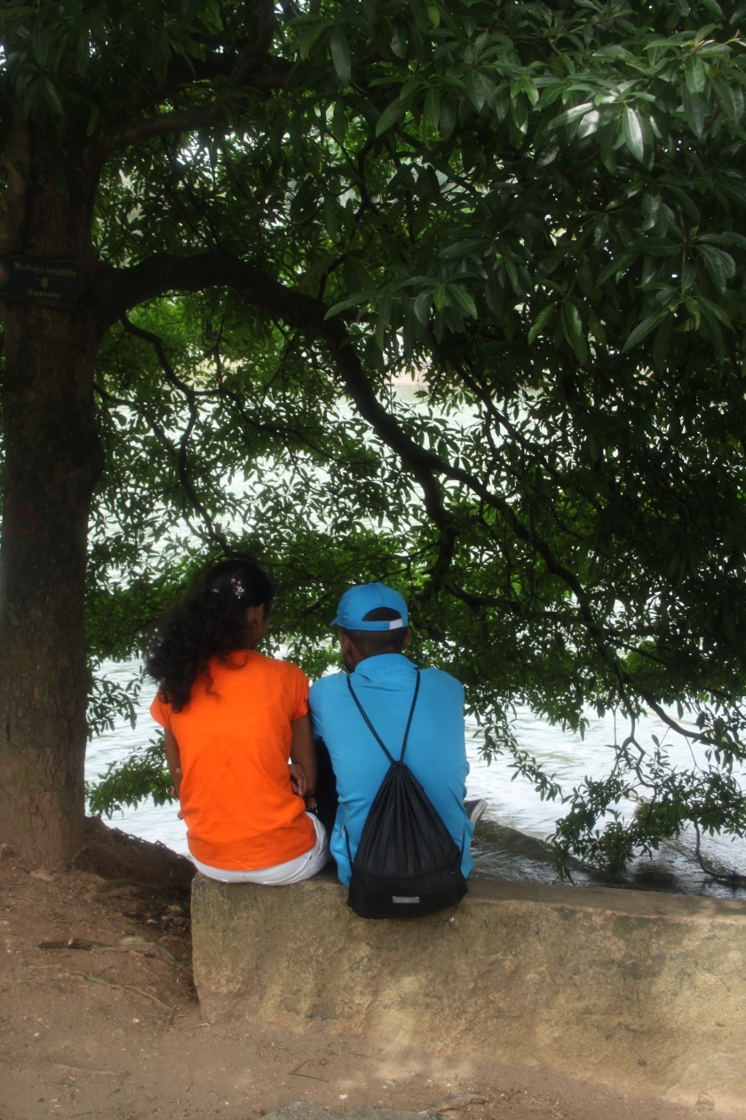 Lakeside lovers, Kandy