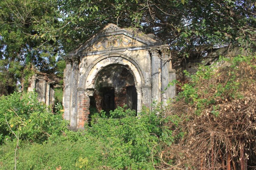 Wrecked building, Jaffna